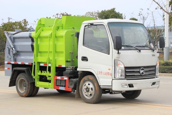 程力威牌CLW5040TCAKL6型餐厨垃圾车