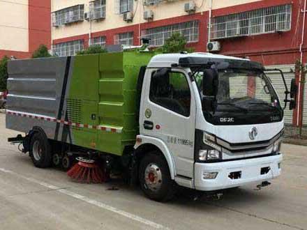 程力威牌CLW5121TXS6型洗扫车